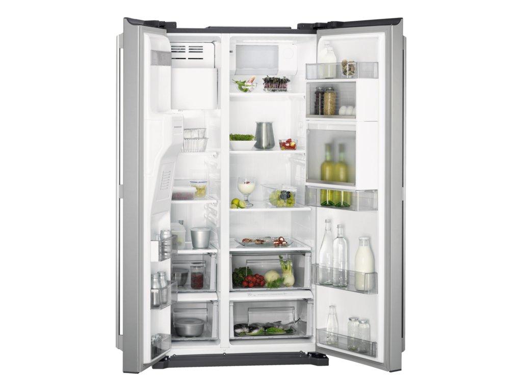 AEG, Americká chladnička RMB66111NX