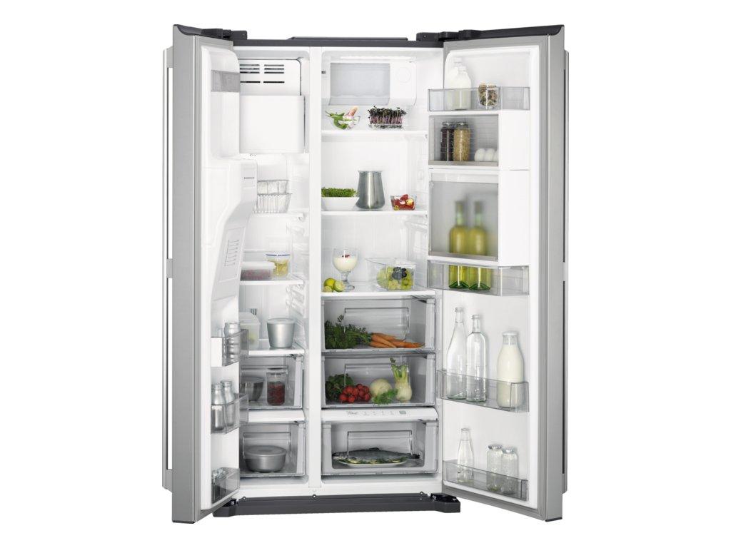 AEG, Americká chladnička RMB86111NX